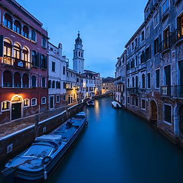 Canal at night, San Marco, Venice, UNESCO World Heritage Site, Veneto Province, Italy, Europe