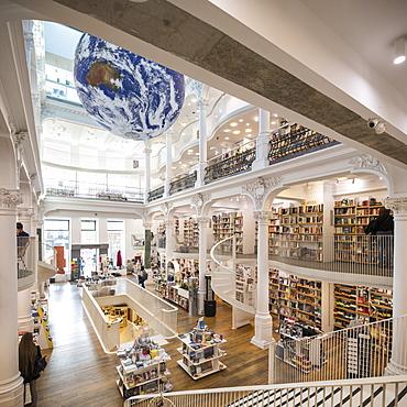 Interior of Carturesti Carusel Book Shop, Bucharest, Romania, Europe