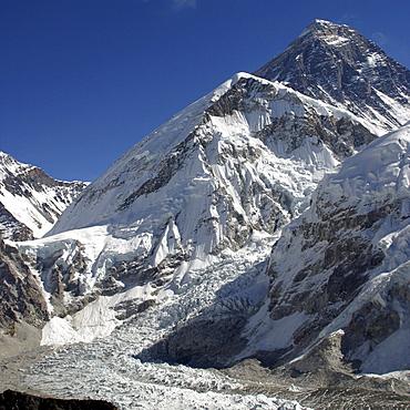 Mount Everest, from  Kala Pattar, Kumbu Glacier, Nepal