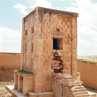 Ka'ba Zardusht (Cube of Zoroaster), Naqsh-e Rustam, Iran, Middle East