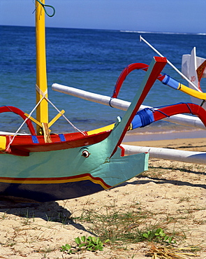 Close-up of the prow of an outrigger fishing boat on Sanur beach, Bali, Indonesia, Asia