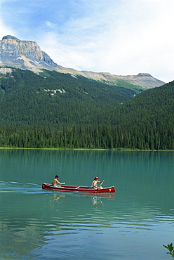 Emerald Lake, Yoho National Park, UNESCO World Heritage Site, Rocky Mountains, British Columbia, Canada, North America