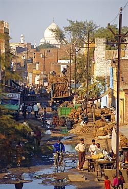 Slums within a kilometer of the Taj Mahal, Agra, Uttar Pradesh, India