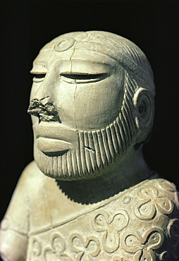 Mohenjodaro, A carved statue of King Priest, Karachi, Pakistan