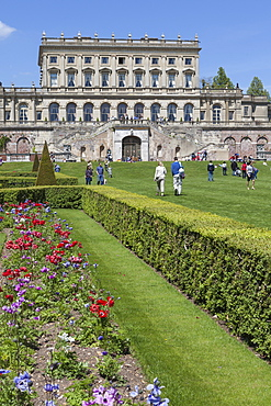 The gardens of Cliveden House, Taplow, Buckinghamshire, England, United Kingdom, Europe