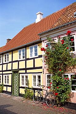 Typical street of pastel houses, Aeroskobing, Aero, Denmark, Scandinavia, Europe
