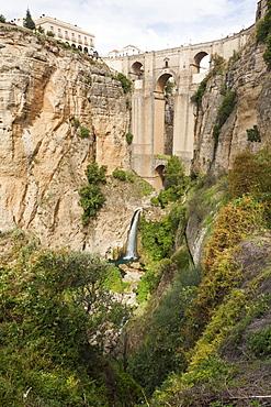 Puente Nuevo (New Bridge) over the El Tajo gorge of the River Guadalevin, Ronda, Andalucia, Spain, Europe