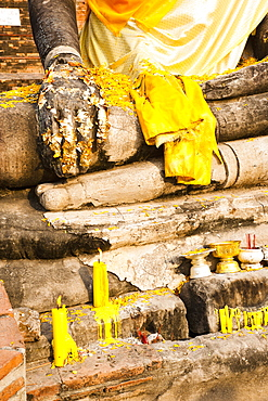 Gold leaf Buddha hand close up, Wat Mahathat, Ayutthaya City, UNESCO World Heritage Site, Thailand, Southeast Asia, Asia
