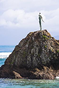 The Lady on the Rock sculpture remembering the Maori women of Mataatua, Whakatane Bay, Bay of Plenty, North Island, New Zealand, Pacific
