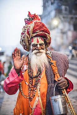 Sadhu (Indian Holy Man) in Varanasi, Uttar Pradesh, India, Asia