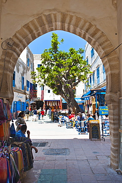 Entrance to the Essaouira's old Medina, formerly Mogador, UNESCO World Heritage Site, Morocco, North Africa, Africa