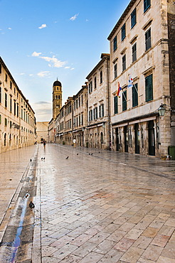 City Bell Tower on Stradun, the main street in Dubrovnik Old Town, UNESCO World Heritage Site, Dubrovnik, Dalmatia, Croatia, Europe