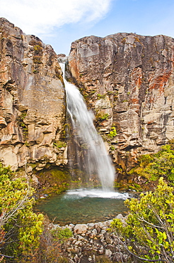 Taranaki Falls, River Valley, Tongariro National Park, UNESCO World Heritage Site, North Island, New Zealand, Pacific