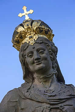 Statue on Untere Bruecke bridge, Bamberg, Franconia, Bavaria, Germany