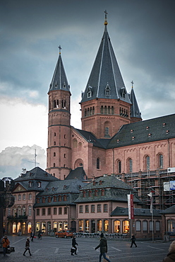 Mainz cathedral at dusk and during a storm, Mainz, capital of Rhineland-Palatinate, Germany