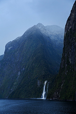 Sterling Falls waterfall, Milford Sound, Fiordland National Park, South Island, New Zealand