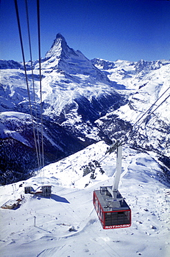 Overhead cable car in Zermatt, Vallais, Switzerland