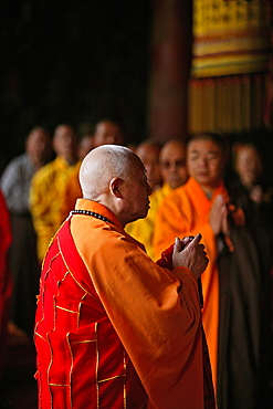 monk, abbot, prayer, Taihuai, Wutai Shan, Five Terrace Mountain, Buddhist Centre, town of Taihuai, Shanxi province, China, Asia