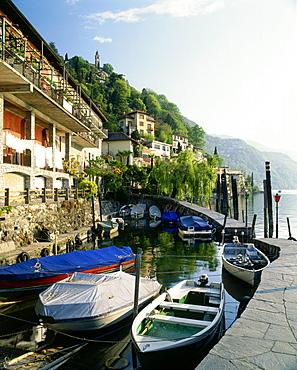 Anchoring boats, Ronco sopra Ascona, Lake Maggiore, Ticino, Switzerland