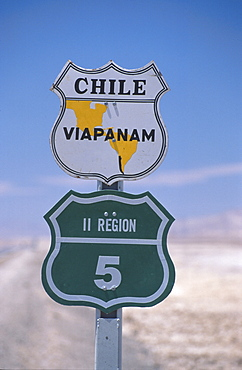 Road sign at a country road in the sunlight, Panamericana, Antofagasta, Chile, South America, America