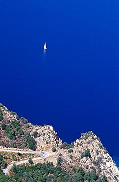 Anse de Ficajola, Rocky Coast near Piana Corsica, France
