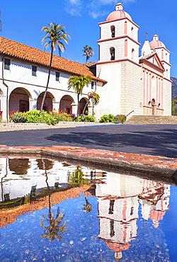 Santa Barbara Mission, Santa Barbara, California, USA