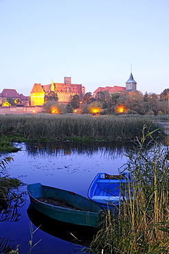 The town Malbourg in the evening, north-Poland, Poland, Europe