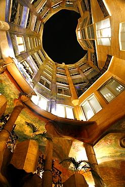 Inner courtyard, Antoni Gaudí's Casa Mila, Eixample, Barcelona, Catalonia, Spain