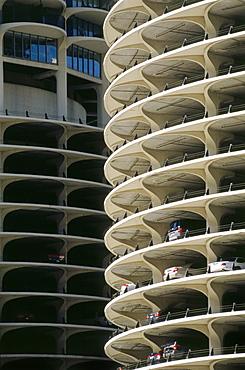 High rise building, Parking garage, Bertrand Goldberg, Marina City, Chicago, Illinois, USA