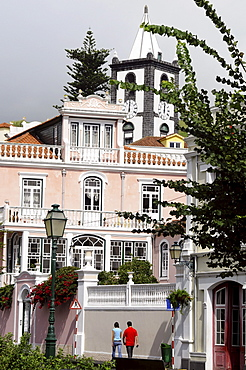 Praca da Republica with church, Horta, Faial Island, Azores, Portugal