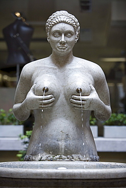 Fountain with breasts, Fontana delle Tette Fountain, Treviso, Veneto, Italy