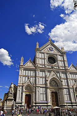 Facade of Santa Croce church with Dante memorial and tourists, Piazza Santa Croce, Florence, Tuscany, Italy, Europe