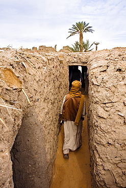 Tuareg in the ruins of Old Germa, Libya, Sahara, North Africa