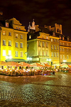 Pavement cafe in old town, Warsaw, Poland