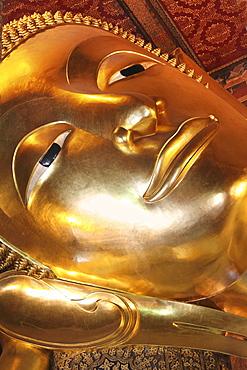 Lying Buddha, Temple of the Reclining Buddha, Wat Phra Chettuphon, Bangkok, Thailand, Asia