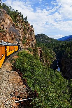 Durango-Silverton Narrow Gauge Railroad and Animas river, La Plata County, Colorado, USA, North America, America