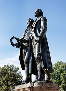 Goethe and Schiller Monument, Theaterplatz, Weimar, Thuringia, Germany