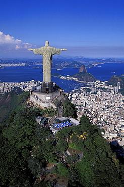 View of Statue of Christ Cristo Redentor and sugarloaf mountain, Rio de Janeiro, Brazil, South America, America