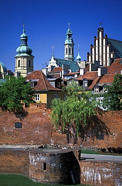 City Walls and St. John¥s Cathedral, Warsaw, Poland