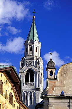 Steeple in the sunlight, Parrocheale di St. Phillippo & Giacomo, Cortina d¥Ampezzo, Dolomites, South Tyrol, Italy, Europe