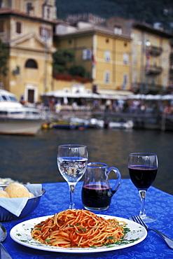 Traditional italien cuisine, Spaghetti, Lake Garda, Trentino, Trentino-Alto Adige, Italy