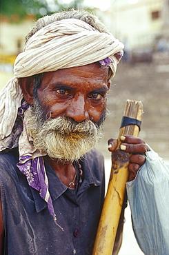 Pilgrim at Ganges river, Tulsi Ghat, Varanasi, Benares, Uttar Pradesh, India, Asia