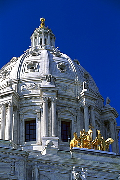 State Capitol St. Paul under blue sky, Twin Cities, Minneapolis, Minnesota, USA, America