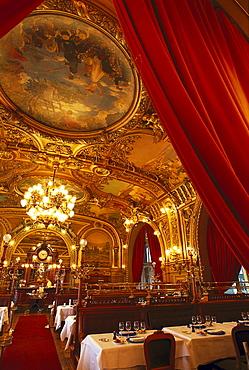 Restaurant Le Train Bleu, Paris, France