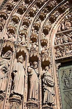 Details prophet statues, of the main portal of the west facade, Details prophet statues, of the main portal of the west facade, Our Lady's Cathedral Cathedrale Notre-Dame, Strasbourg, Alsace, France