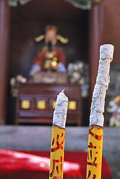 Temple, ash of incense stick, ash, Tai Shan, Shandong province, Taishan, Mount Tai, World Heritage, UNESCO, China, Asia