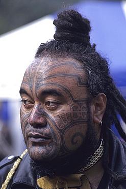 Maori Man with Moko, Maori Cultural Festival, Ruatahune, North Island, New Zealand00059399