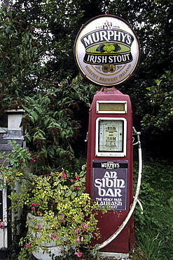An Sibin Bar Old Petrol Pump, Beara Peninsula, Near Lauragh, County Cork, Ireland