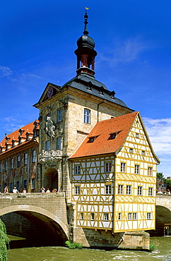 Old Town Hall over the Regnitz River, Bamberg, Franconian Switzerland, Franconia, Bavaria, Germany
