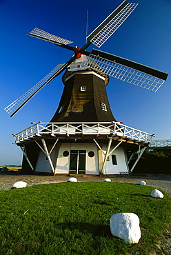 Seriemer Muehle, East Frisia, Germany